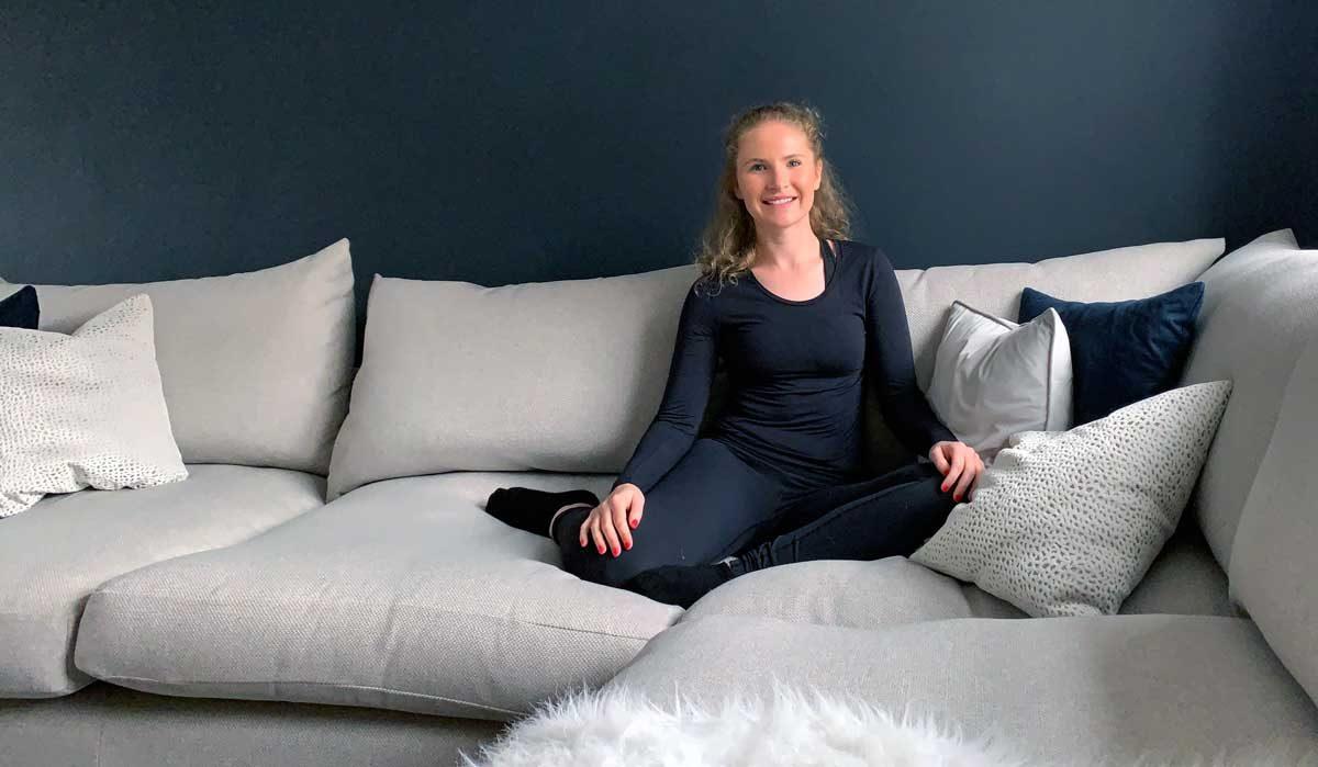 Sofa yoga